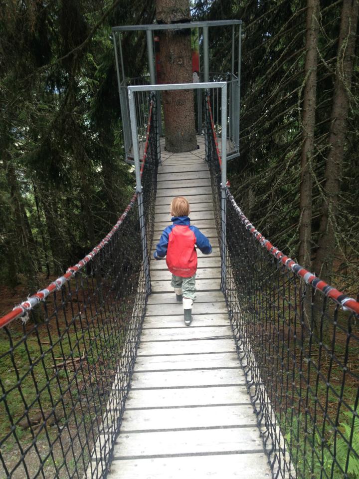 Vandring i Saalbach på Eventyrrute. Øtrig. Vandreferie for børnefamilier