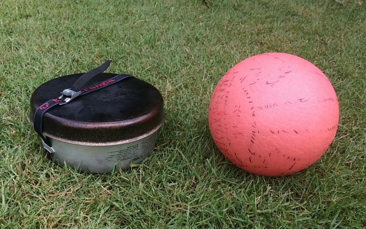 Trangia er ikke større end en flad fodbold