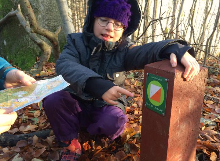 Vi finder en post - Find vej i Danmark - i Marselisborg Skoven - Alle Ud