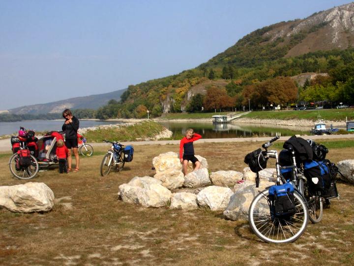 Cykeltur langs Donau- Frokost - Donau - Østrig - Alle Ud