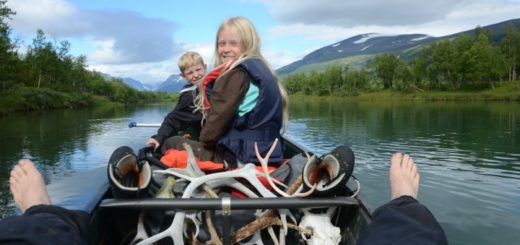 Kanotur familie børn Sverige Vildmark