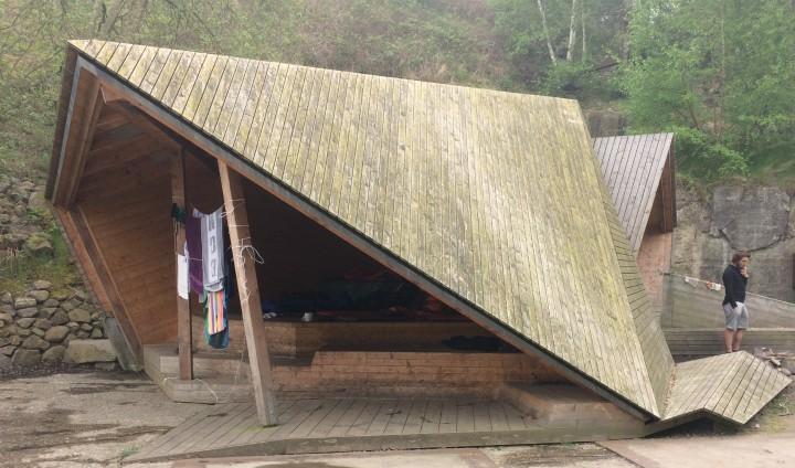 Shelter Vang granitbrud bornholm overnatning