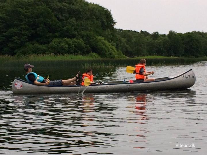 Kanotur børn familie kano Silkeborg Gudenå