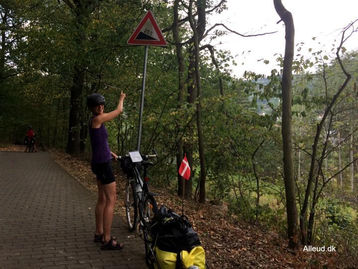 Cykeltur stejle nedkorser