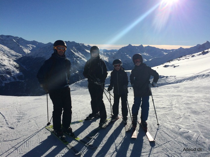 Skiferie med børn alpin Østrig Sölden familie