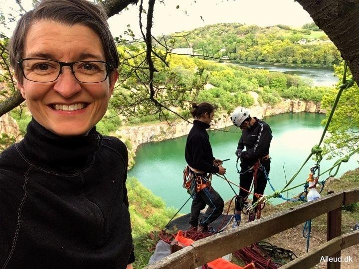 Rappelling Klatring Bornholm Opalsøen Udstyr Familie klippeklatring aktiv ferie