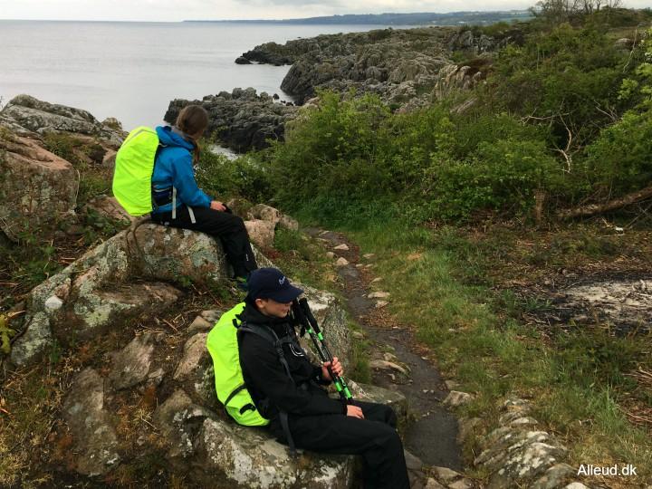 gudhjem Bornholm klippe klippekyst vandretur med børn